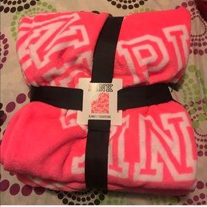 LAST ONE New vs pink blanket